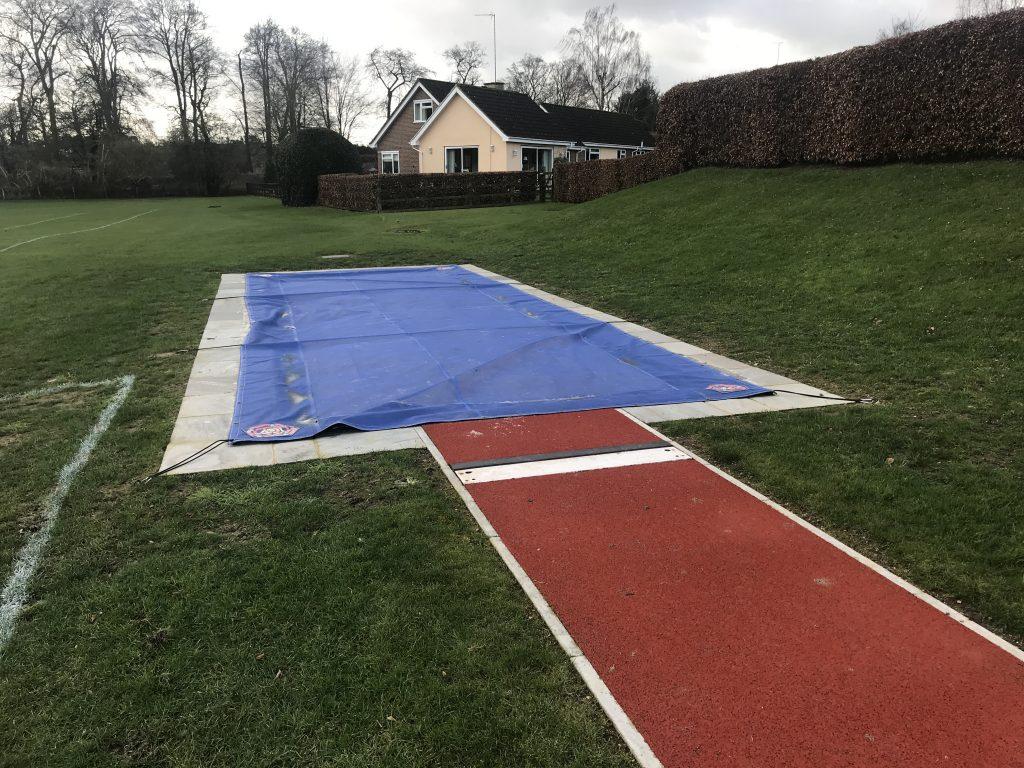 Long jump facility