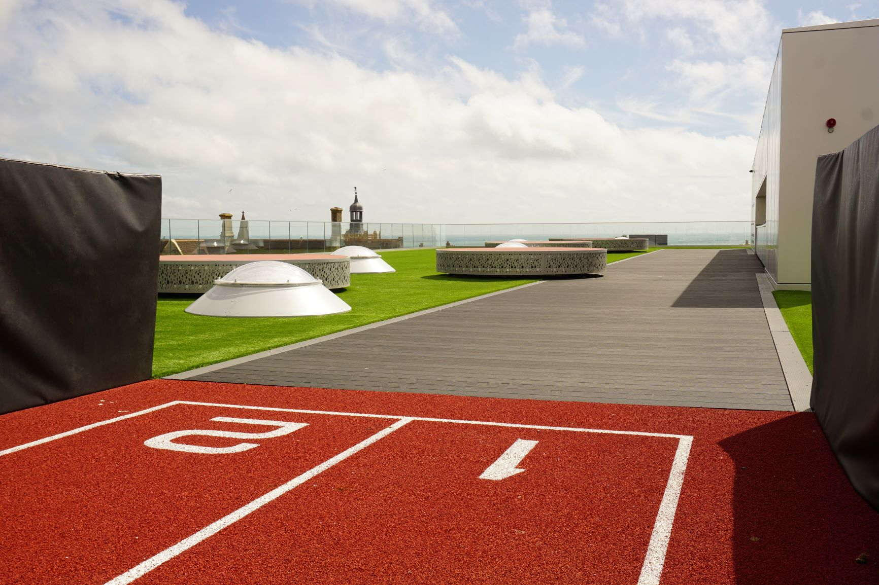 Rooftop Sprint Track