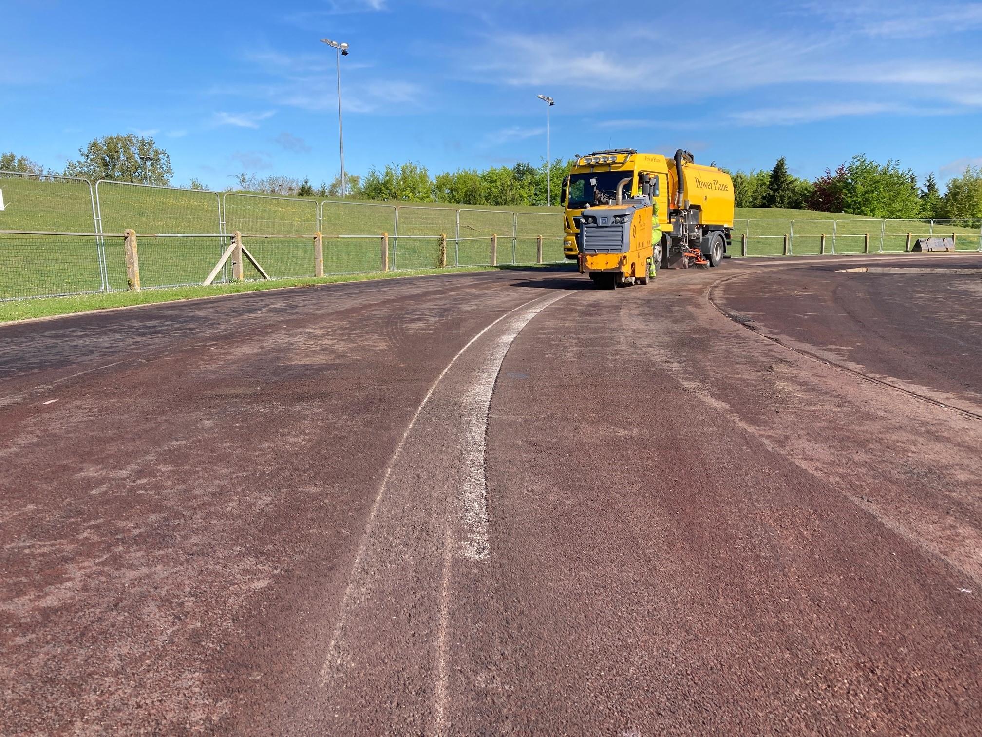 Athletics track resurface